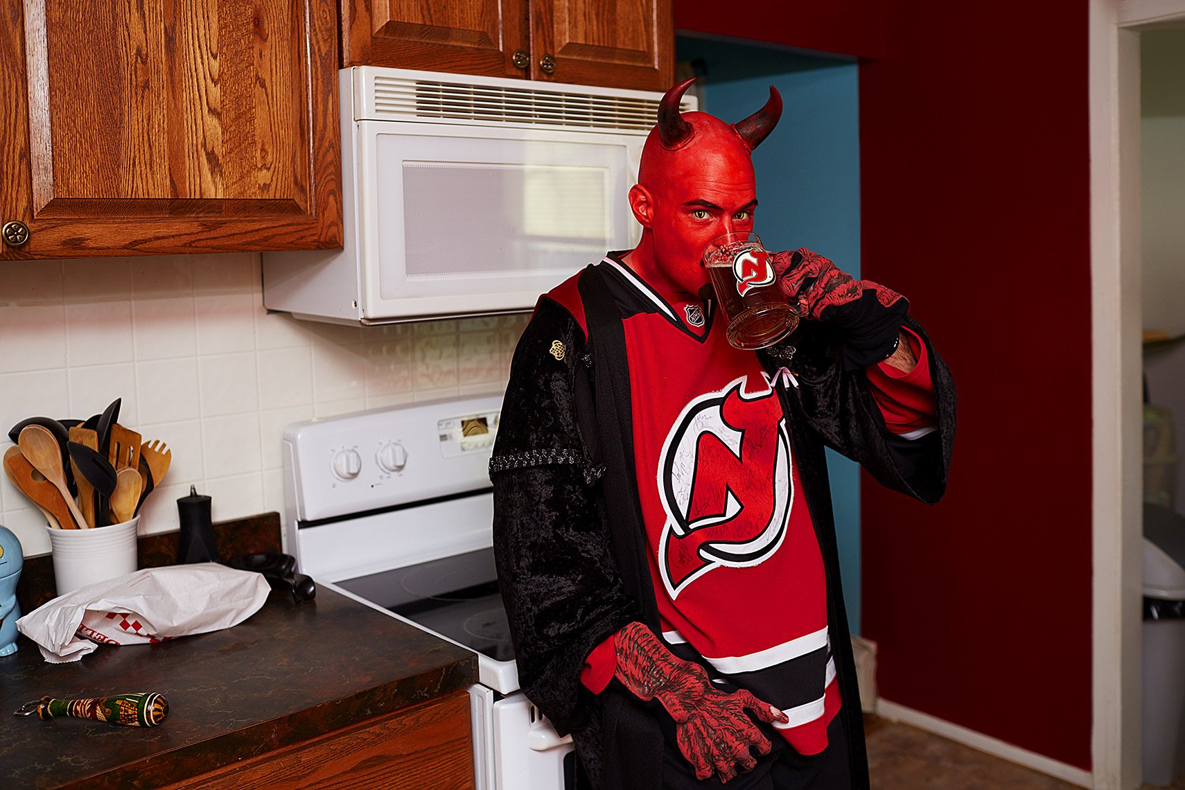 Sports Photographer STEVE BOYLE - New Jersey Devils Fans - NHL Hockey