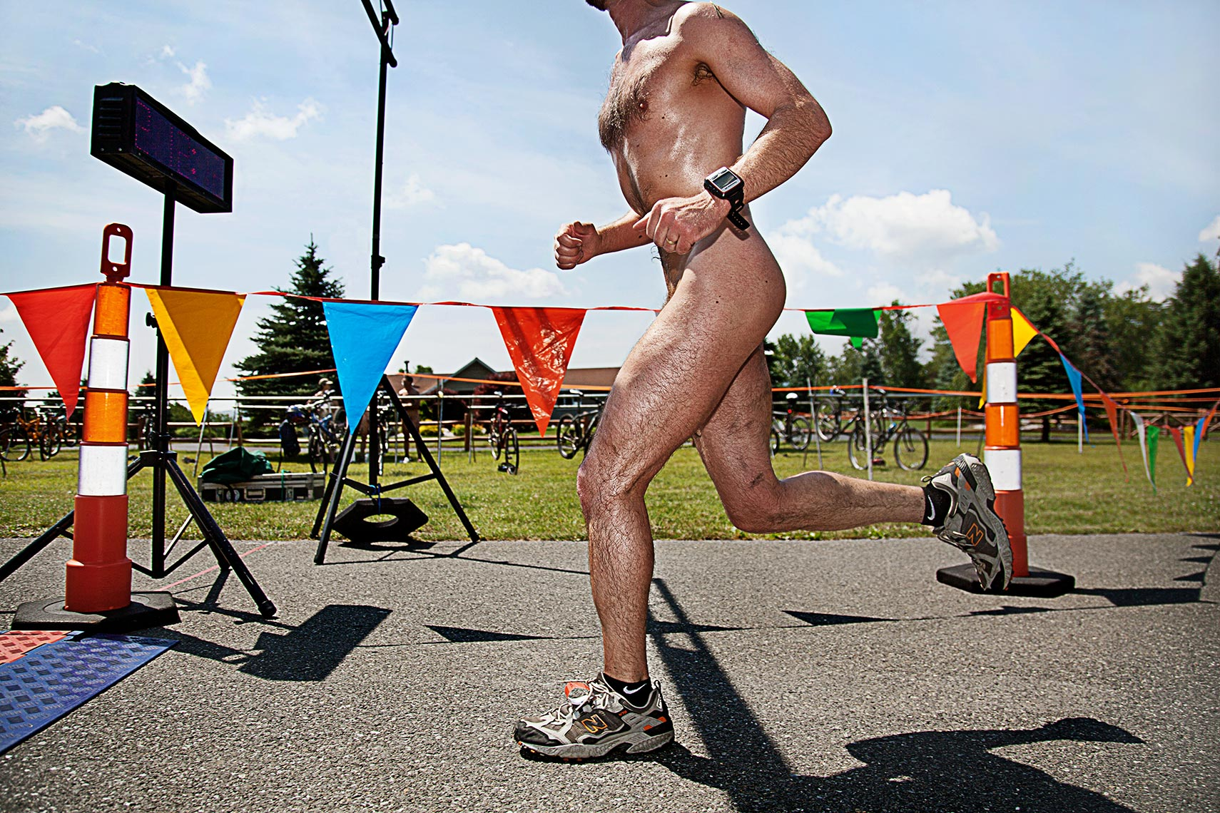 Philadelphia Photographer STEVE BOYLE - Naked Running